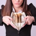 財布にスマホが入るのは定番?財布付きスマホケースも人気?