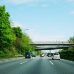 高速料金/軽自動車は普通車と比べてどれくらい安い?安全走行のコツ