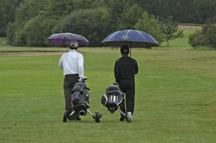 Golf, Golfer, Regen, Regenschirm, Golfplatz, schlechtes, Wetter